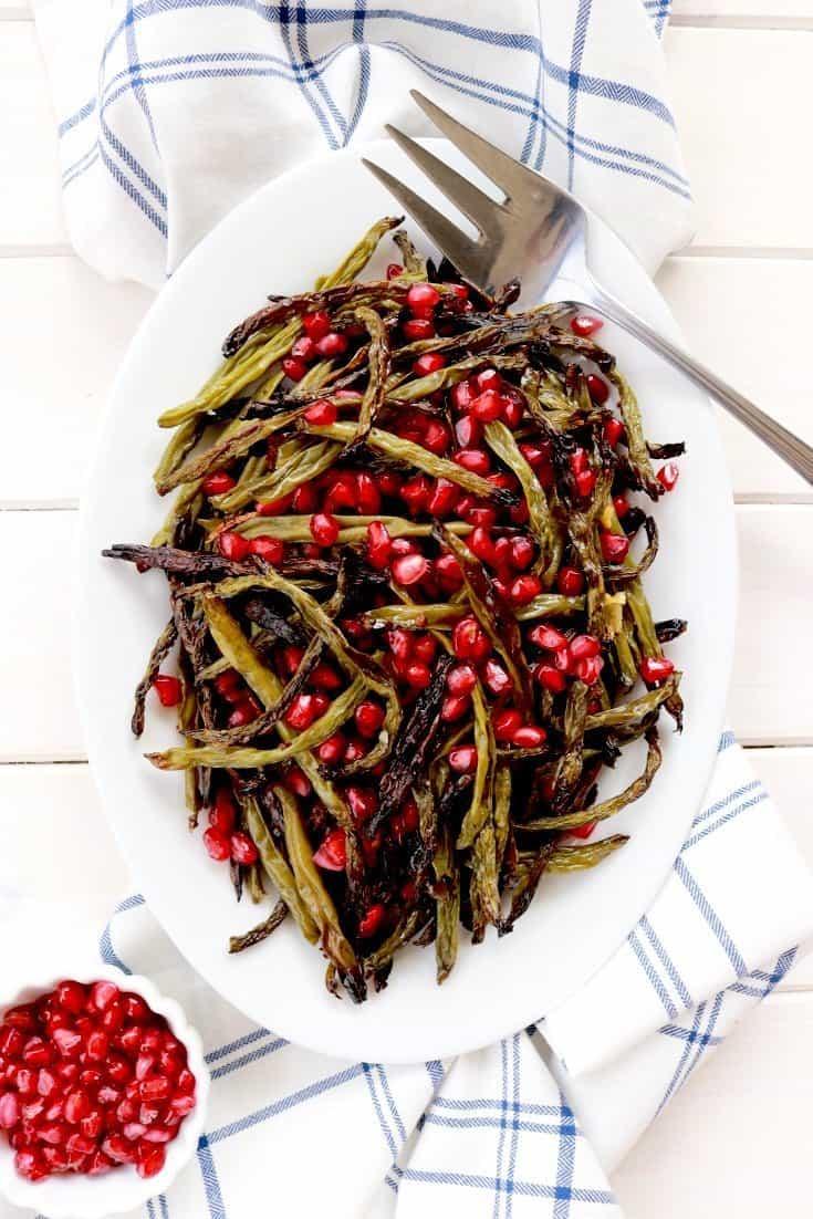 rosh hashanah, rosh hashanah side dishes, rosh hashanah side dish, green beans, rosh hashanah green beans, pomegranate, pomegranate recipes, rosh hashanah pomegranate green beans, rosh hashanah pomegranate recipes, rosh hashanah recipes