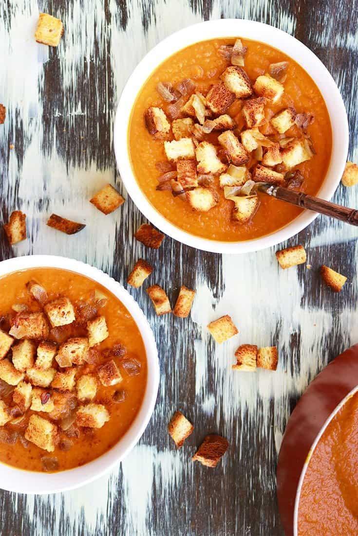 pumpkin coconut curry soup, pumpkin soup, coconut, coconut soup, pumpkin, pumpkin recipes, pumpkin pie, gluten-free, gluten-free croutons, canyon bakehouse, pumpkin curry soup, pumpkin desserts, pumpkin holiday recipes, holiday cooking, holiday recipes, gluten free pumpkin soup, gluten-free holiday recipes, gluten-free soup recipe, gluten-free, dairy free, vegan, vegan soup,