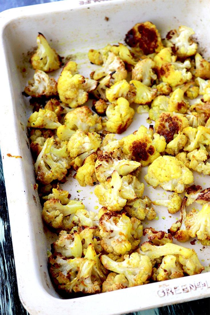 Turmeric roasted cauliflower, turmeric cauliflower, turmeric cumin, turmeric and cumin, cooking with turmeric, turmeric recipes, recipes using turmeric, fresh turmeric, turmeric cauliflower recipe, roasted cauliflower cumin, how to bake cauliflower, cauliflower recipes, cumin cauliflower