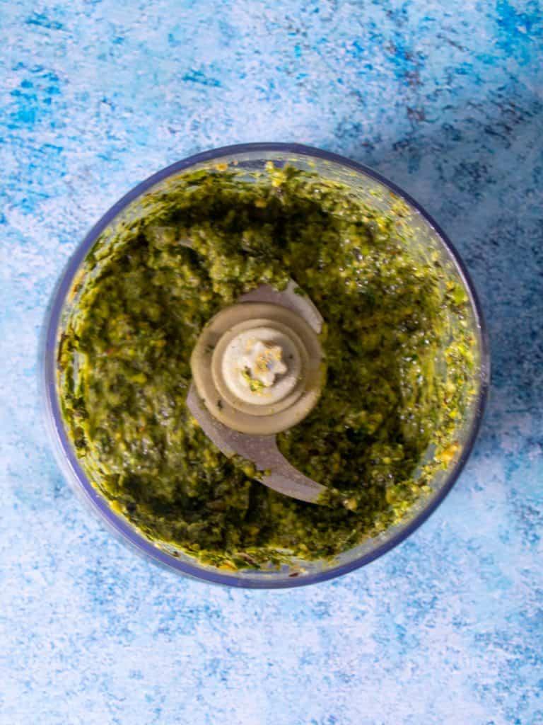 pistachio pesto in food processor